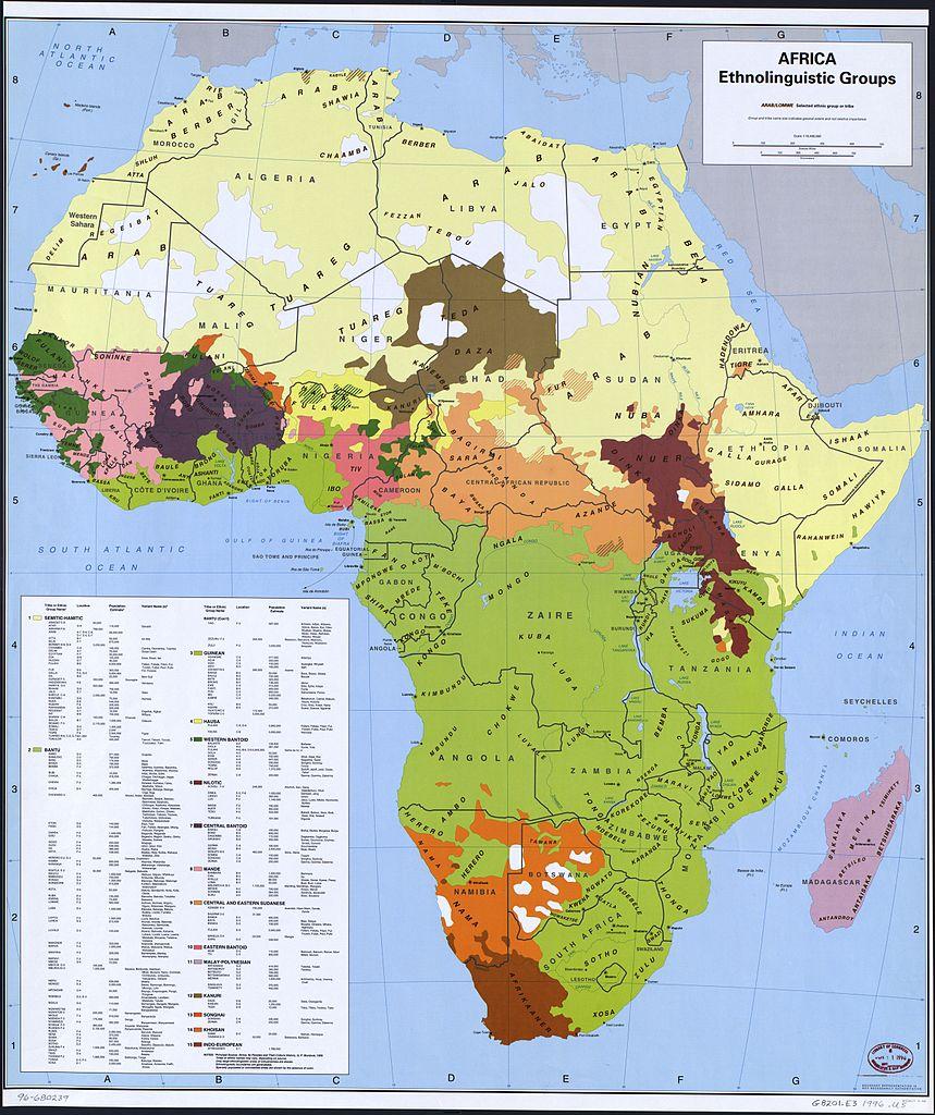 Mapa z zaznaczonymi grupami etnicznymi zamieszkującymi Afrykę